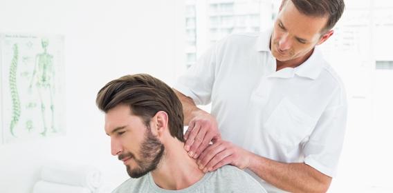 Vật lý trị liệu giúp cải thiện sức khỏe cho bệnh nhân đau mỏi vai gáy