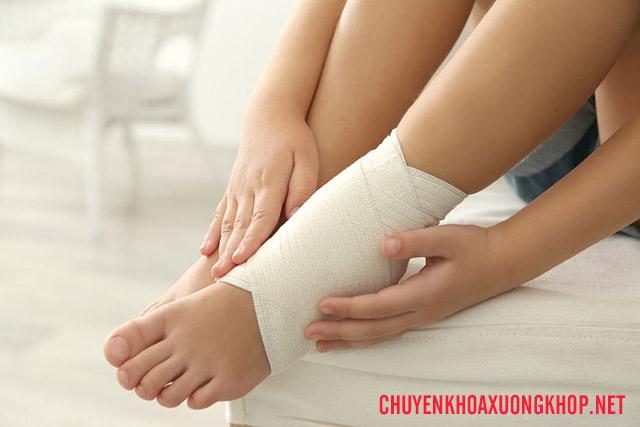 điều trị thoái hóa khớp cổ chân