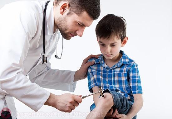 Tràn dịch khớp gối ở trẻ em và những điều cần lưu ý