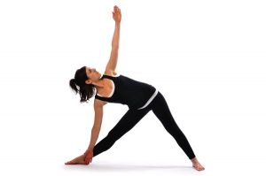 nhung-bai-tap-yoga-cho-nguoi-bi-thoai-hoa-dot-song-co2