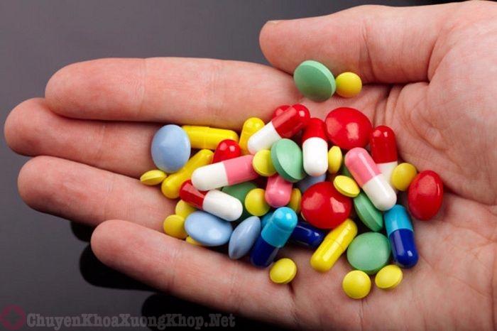 Các loại thuốc Tây điều trị bệnh xẹp đĩa đệm đốt sống