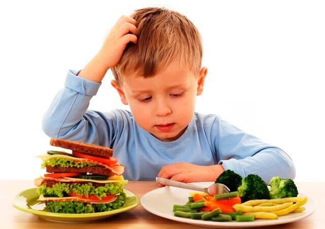 Thoái hóa khớp do chế độ dinh dưỡng không phù hợp