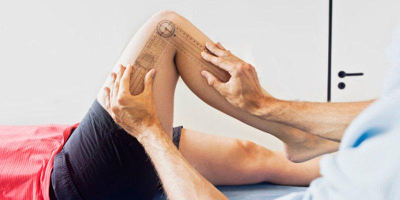 Người bị viêm khớp gối có thể mất khả năng duỗi