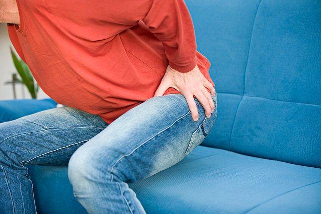 Những dấu hiệu viêm khớp háng dễ nhận biết nhất