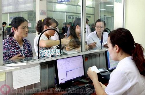 Ai đã từng thay khớp háng nhân tạo ở bệnh viện Việt Đức chưa ?