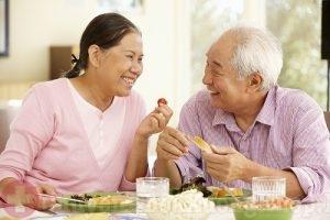 Mách bạn 5 cách chữa đau khớp gối ở người già tại nhà hiệu quả