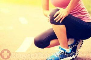 Hiện tượng đau khớp gối sau sinh ở bà bầu không nên chủ quan