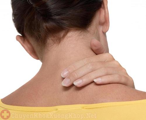 Hướng dẫn cách chữa vẹo cổ khi ngủ dậy nhanh chóng