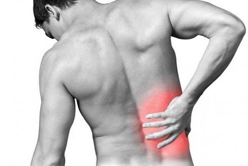 Nhiều hoạt động trong cuộc sống có thể gây chấn thương mô mềm dẫn đến đau thắt lưng