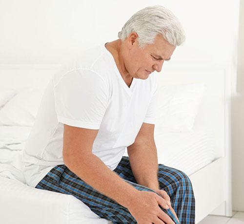 Tuổi tác làm tăng nguy cơ viêm khớp