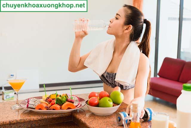 Duy trì cân nặng phòng tránh đau đầu gối nhưng không sưng
