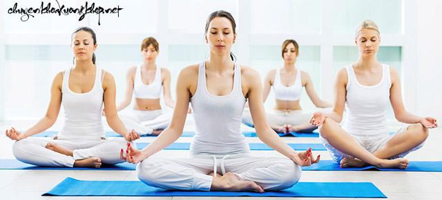 Điều trị chuột rút khi quan hệ bằng yoga