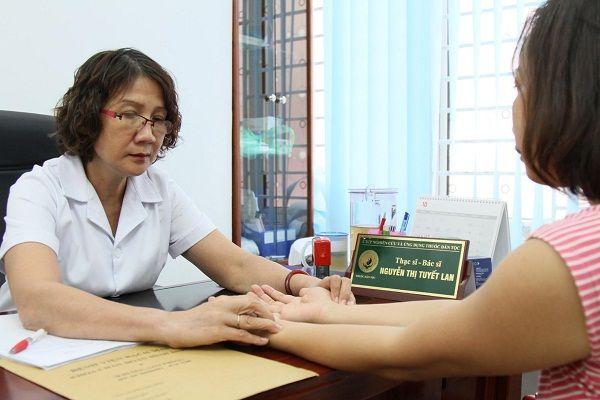 Khám chữa viêm đau khớp tại Trung tâm Thuốc dân tộc
