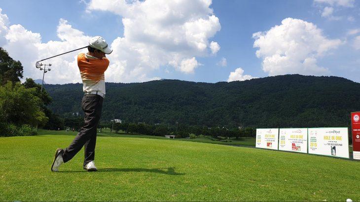 Cách điều trị chấn thương thường gặp khi chơi golf